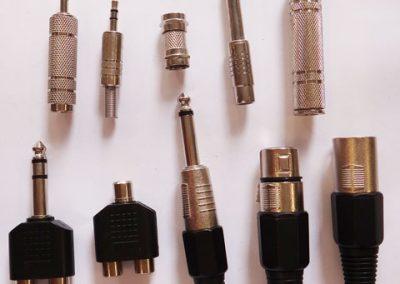 Plugs diversos e adaptadores